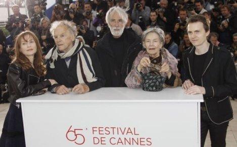 Michael Haneke junto a Huppert, Trintignant y Riva en la presentación de Amour