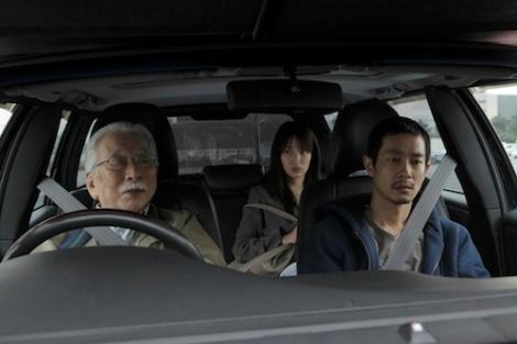 """Los coches como espacios en movimiento, eje de la filmografía del director iraní, aparecen también en """"Like someone in love"""""""