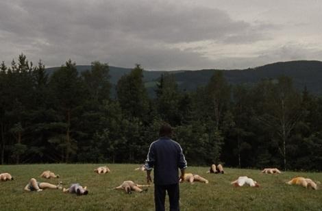 Ulrich Seidl nos adentra en un campamento para adolescentes obesos en 'Paradise: Hope'